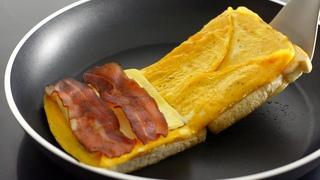 BREAKFAST EGG SANDWICH HACK | Crispy One Pan Egg Toast