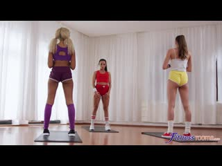 Lexi Dona, Stacy Cruz, Romy Indy - Intimate three way lesbian work out - Porno Lesbian Threesome Blonde Pussy Licking Porn Порно