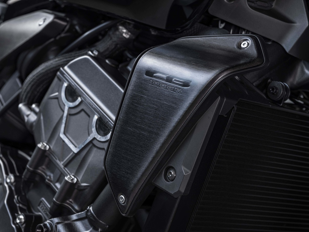 Обновленный нейкед-байк Honda CB1000R 2021