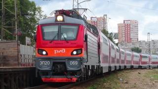 Электровоз ЭП20-069 с поездом№739А Москва-Брянск станция Лесной Городок