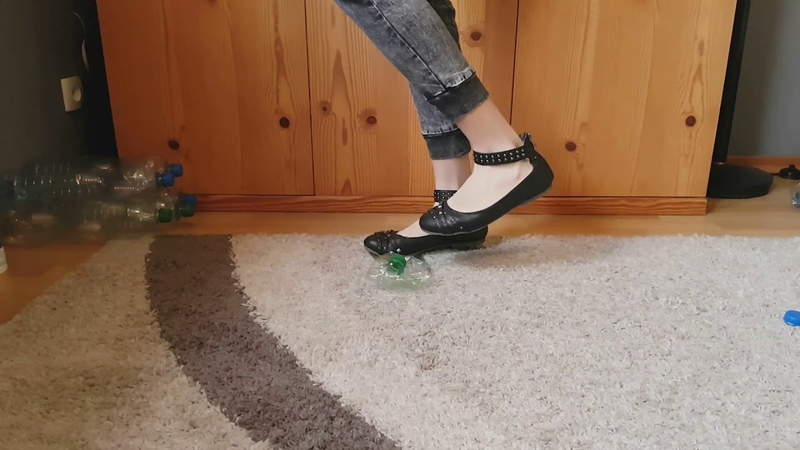Crush Plastic bootles with my black balet flats crush fetish ASMR Recycling CRUSHFETISH_8989