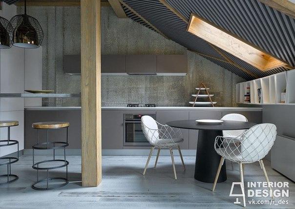 Кухня на мансардном этаже