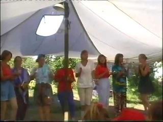 Переделанная для летнего палаточного горного лагеря песня «Частушки бабок ёжек» (Летучий корабль)