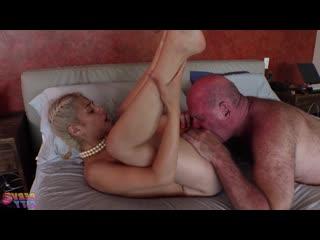 Penelope Reed - Poolside Frisky Business [All Sex, Big Dick, Blonde, Blowjob, Latina, Teen, Uncircumcised Cock]