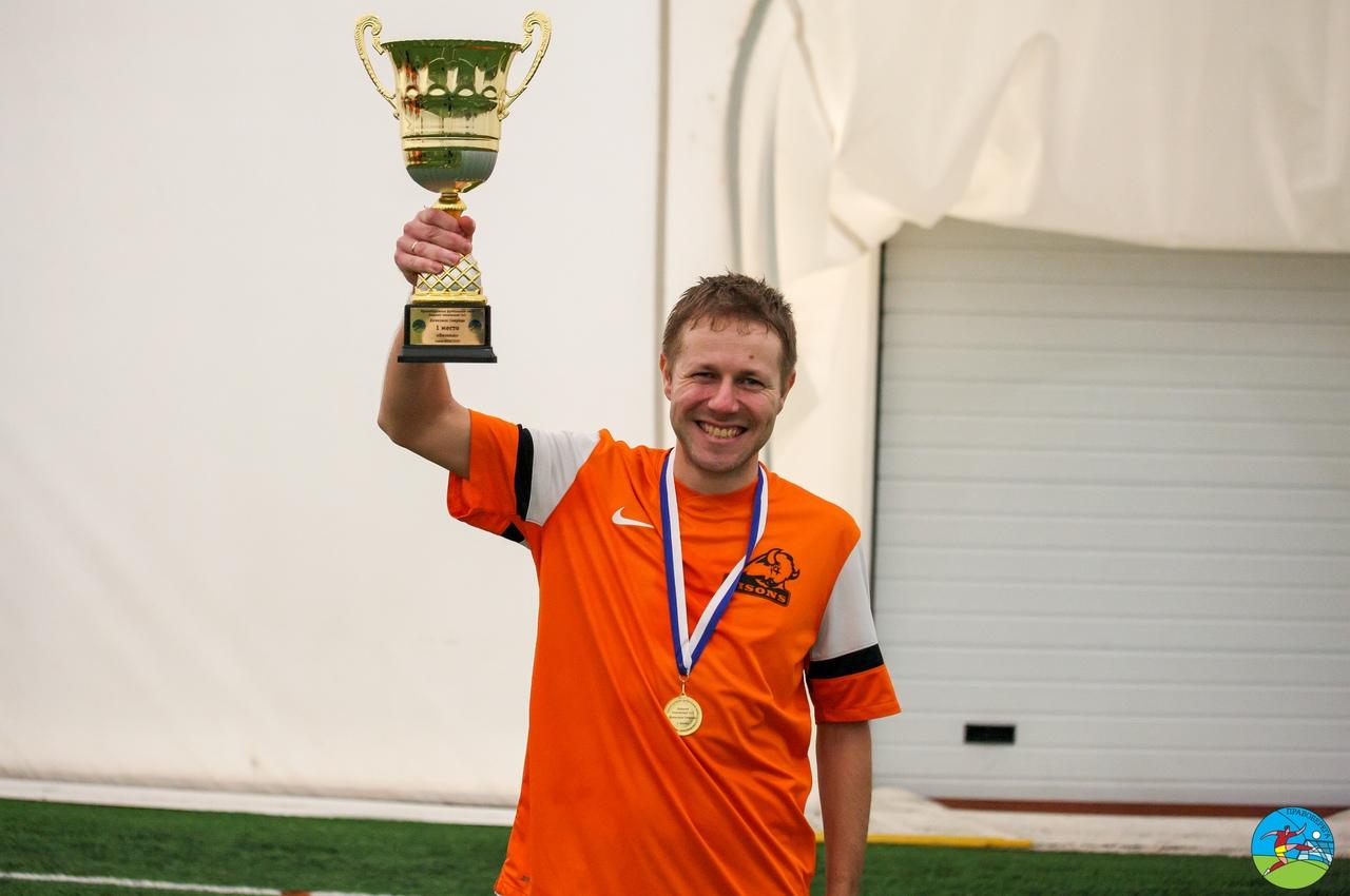 Виктор Однодворцев (Бизоны) - чемпион дивизион Свирида.
