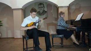 Кокшаров Игорь. Международный конкурс исполнителей на струнных народных инструментах String Premium