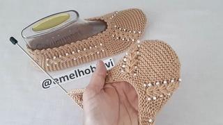 İki Şiş Dikişsiz Buğday Başağı Boncuklu Patik Yapımı / Knitting Slippers Socks Crochet DIY Pattern