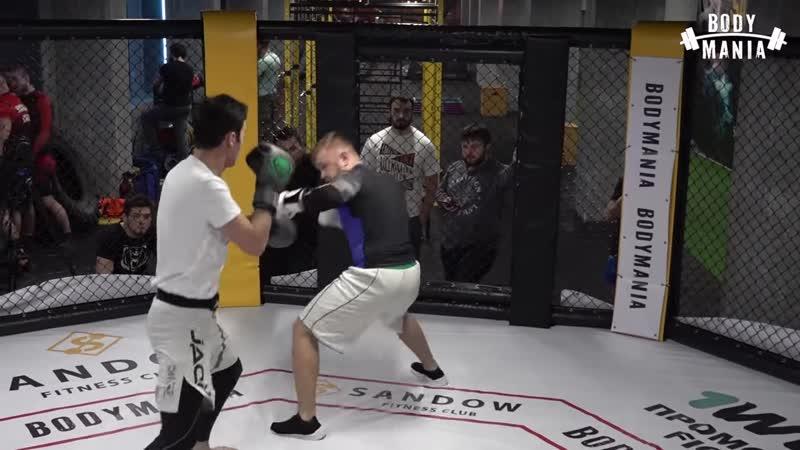 [Body Mania] Бой Пулемётчик vs Моряк реванш по боксу после голых кулаков!