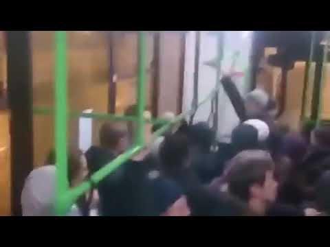 Еврейка обращается к гоям в автобусе