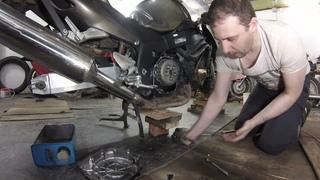 Снимаю  для порошковой покраски  крышки- сцепления , генератора, ГРМ. HONDA CBR 1100XX.