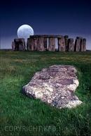 stonehenge moonlight - 735×834