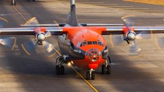 48 years old ANTONOV AN-12 Loud and Smokey takeoff from Mumbai Airport