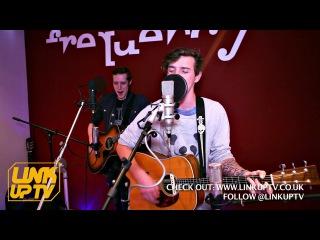 Max Milner - Army Of me (Acoustic) [@maxmilner7] | Link Up TV