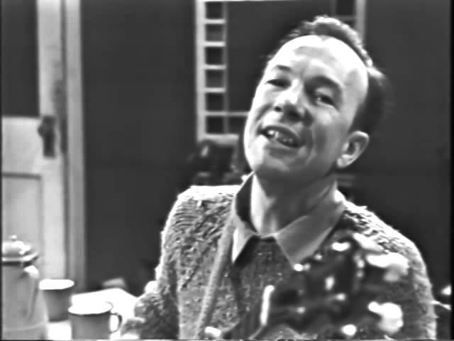 Pete Seeger Dzhankoy in Yiddish