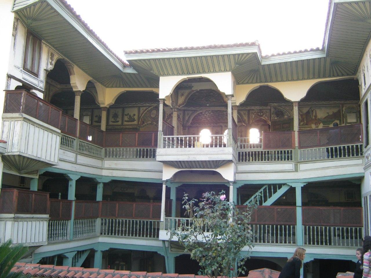 особняк Чакираги в старом Бирги