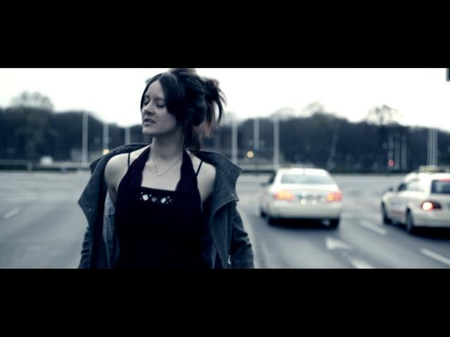 Dennis Sheperd Sarah Lynn - Dive (Official Music Video)