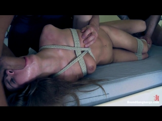 Wieder Porn #14 — Happy 18th Birthday Roxy Bell