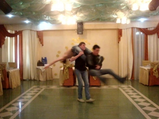 Emi lee 2009 год город Алмалык