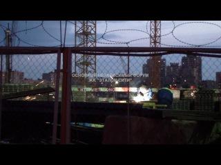 """ЖК """"Эталон-Сити"""" - башни """"Токио"""". Проект строят и в выходные, до позднего вечера"""