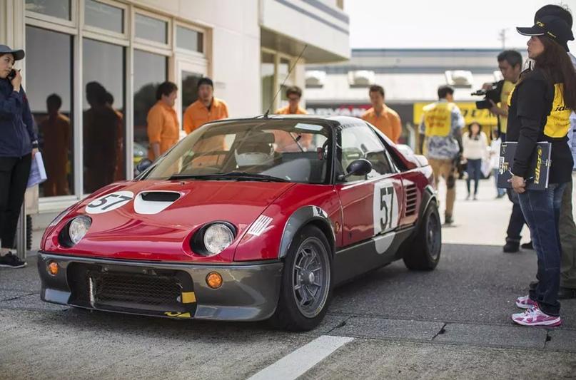 700 килограммов ярости редкого спорткара Autozam AZ-1, который и Suzuki, и Mazda., изображение №21