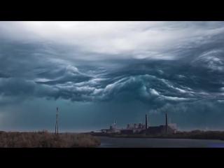 Удивительная природа - облака асператус -