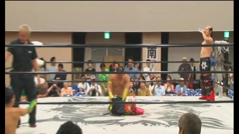 Great Kojika Tsutomu Oosugi Hercules Senga vs Abdullah Kobayashi Shu Kei Brahman BJW Saikyo Tag League 2017 Day 2