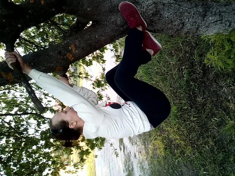 Лазание по деревьям,это не мое