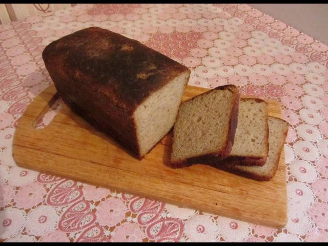 Хлеб пшеничный на ржаной закваске. Bread on rye ferment.