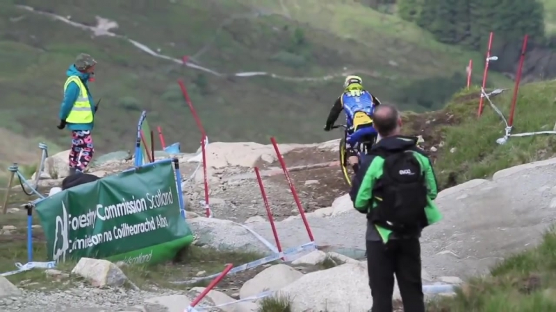 DOWNHILL IS AWESOME 2014 Vol 4
