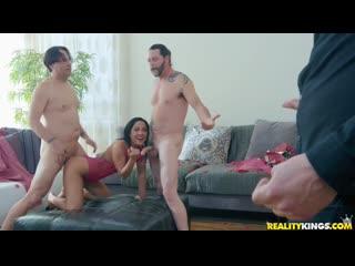 Amara romani - fuck valentines day [anal, group sex, sexwife, жена для секса, cuckold, swing, milf, жены шлюхи, жена шлюха]