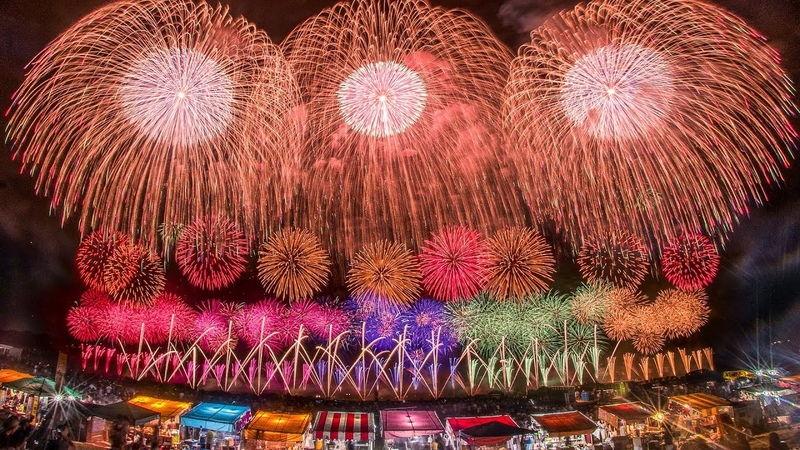 4K 酒田の花火ショー 2018 2尺玉3発同時打ち上げ+展開幅2kmの超ワイドスタ