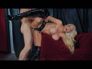 Brazzers: Nicolette Shea - busty sexy milf love bdsm and suck (porno,sex,boobs,blonde,tits,latex,oral,full,cumshot,blowjob)