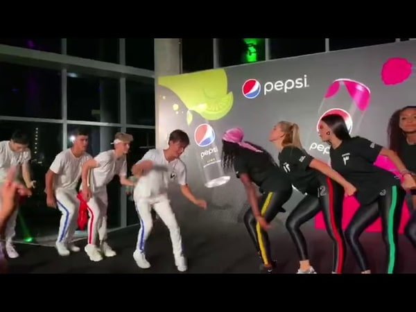 Now United - Who Would Think That Love (Live at Pepsi Black Event)