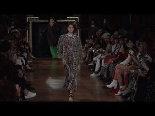 Kaia Gerber, Amber Valletta and models on the runway for the Stella McCartney Fashion Show