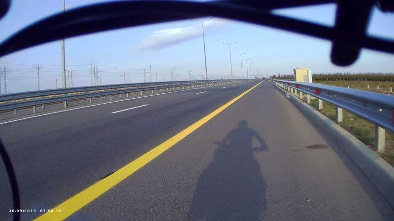 MOVI0050 Последняя остановка перед въездом на 22 километровый участок Крымского моста 30.09.19г.