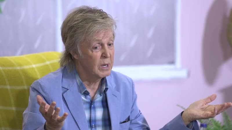 Paul McCartney Reads His Children's Book To Small Fans