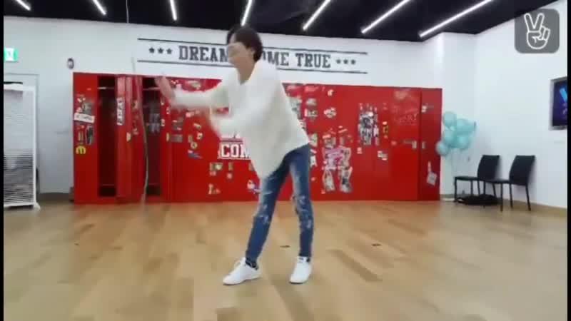 Dancing Machine Ли Тэмин И закадровые комментарии Джонхёна и Онью SHINee TAEMIN JONGHYUN ONEW