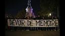 Bataclan le Collectif Ultras Paris rend hommage aux victimes des attentats du 13 novembre 2015