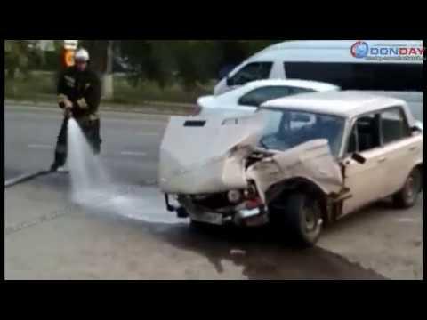 Donday В Новочеркасске автобус врезался в легковушку