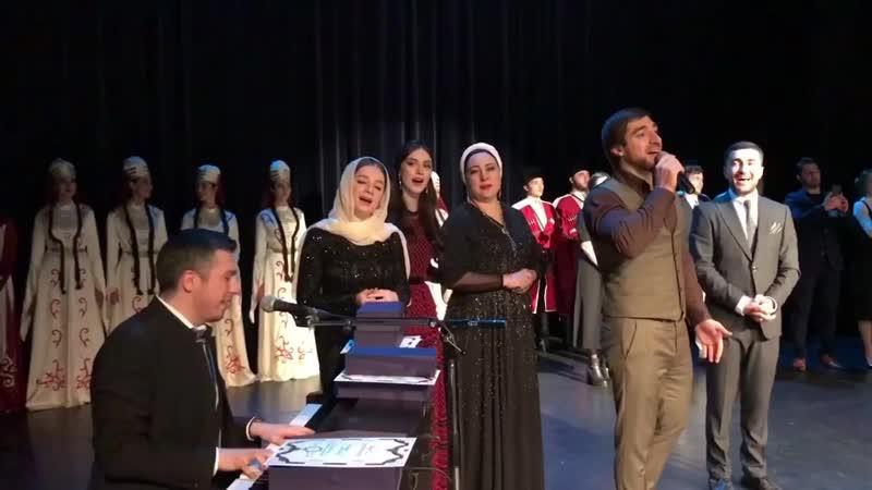Ринат Каримов и Астемир Апанасов Никогда не падай духом cover Тимур Муцураев