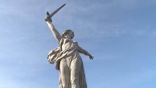Довольны все: «Родина-мать» в Волгограде после реставрации заметно посвежела