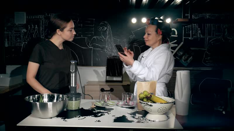 Завтрак со звездой В гостях у Лары Швебер создательница смузи маркета в Ярославле Мария Чалая