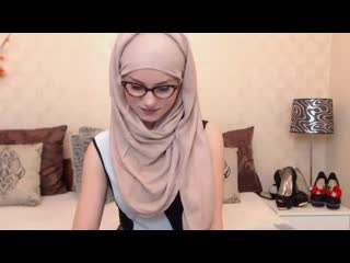 MuslimKyrah - Glasses  Hijab - LIVE - CokeGirlx