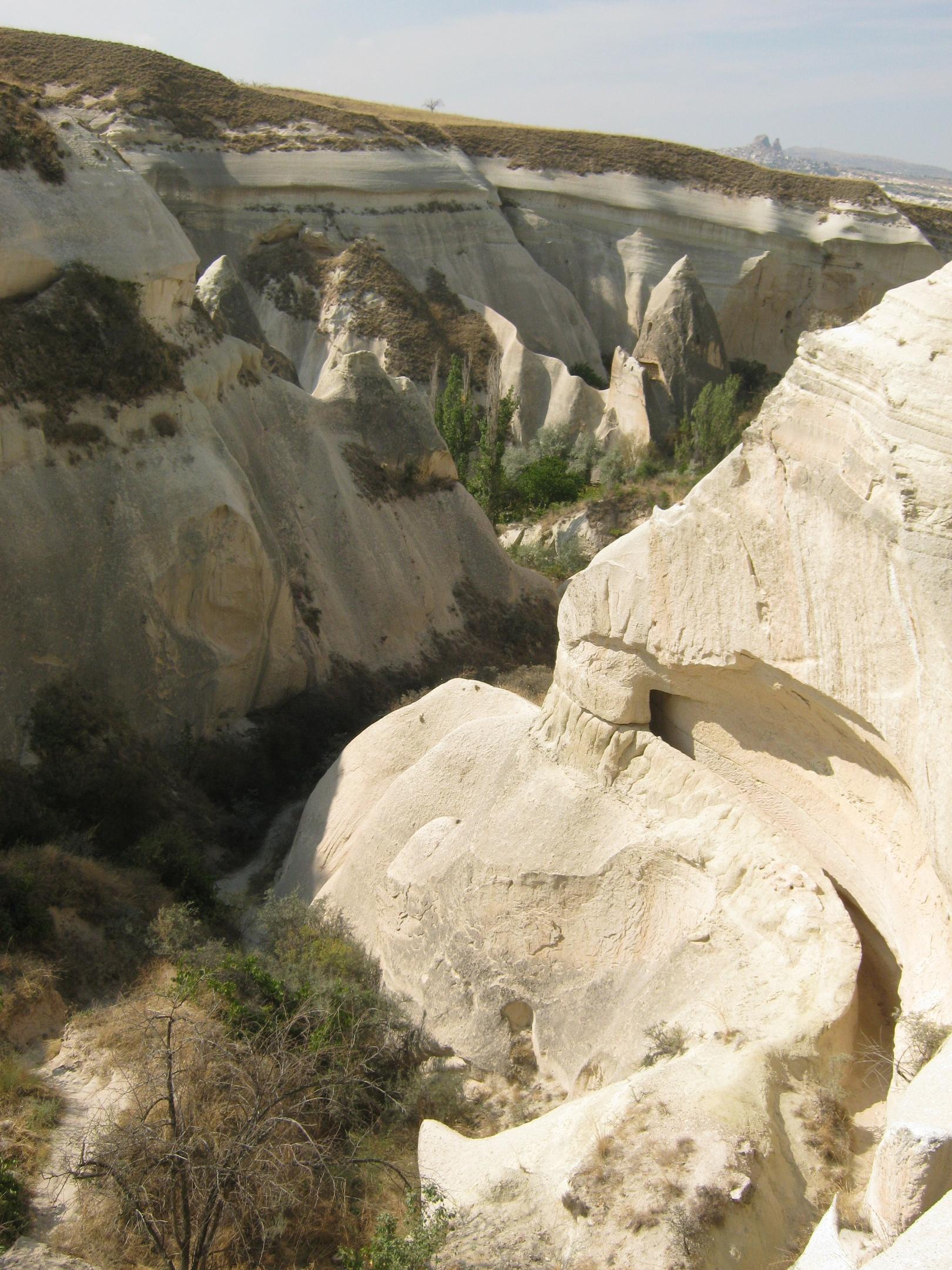 канал для воды в Каппадокии