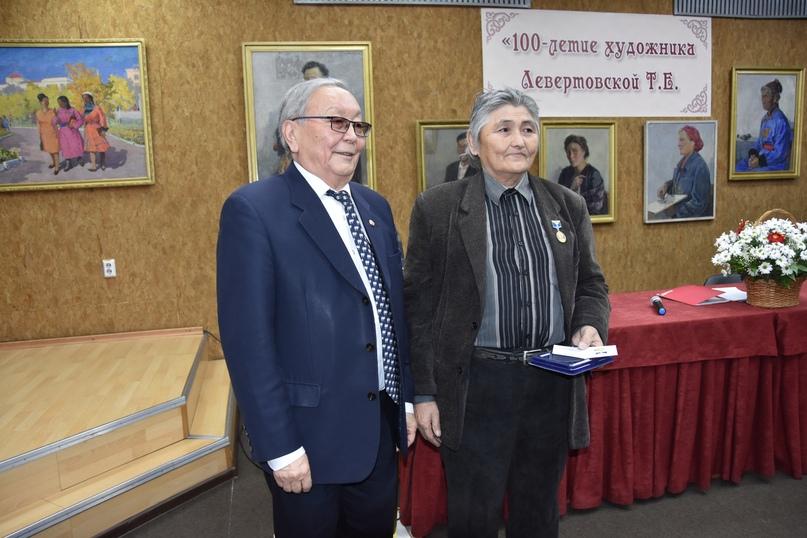 Награждение Юрия Ооржака