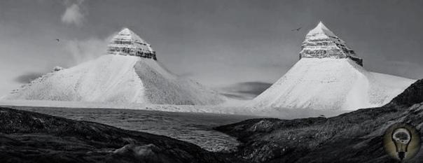 Гора «Пирамида» на Шпицбергене. Или все-таки не гора На архипелаге Шпицберген рядом с одноименным поселком, где когда-то трудились и жили советские граждане, есть интересная гора с точно таким
