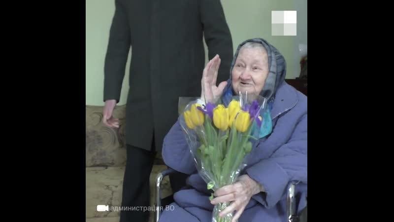 95-летняя ветеран из Камышина справила новоселье