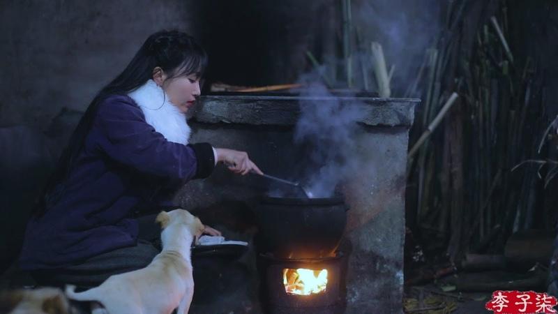 酸萝卜老鸭汤 Eat some meat and have drink in cold days my favorite pickle radish duck soap Liziqi