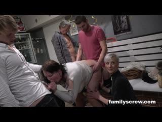 Familyscrew cumming together as a family at a swingers clubtaboo family screw pov creampie cumshot hottie interracial