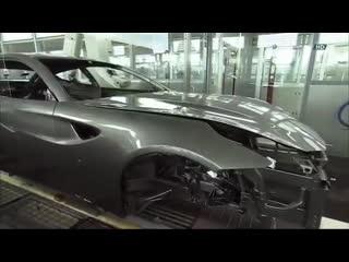 Производственная линия суперкара ferrari ff